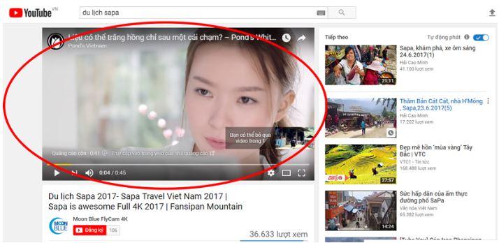 Quảng cáo xuất hiện trong video.